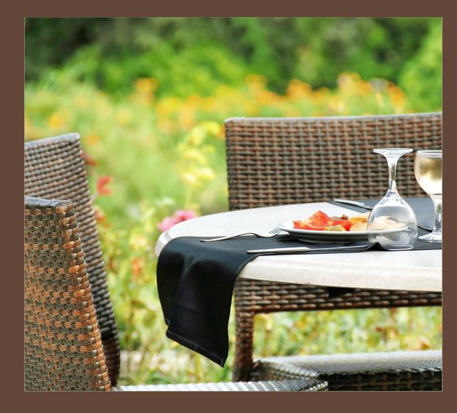 Backyard Garden with Dining Area